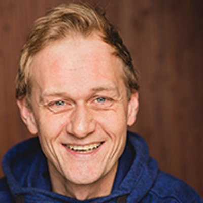 Speaker - Nils Gajek